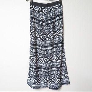 NWT Wet Seal -Black/Wht wide leg pants - Large